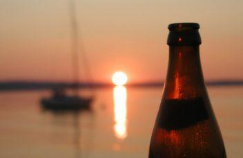 beer-sailboat